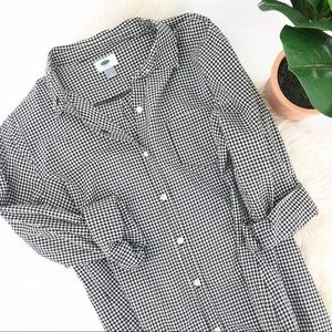 Old Navy L Gingham Black and White Button Down